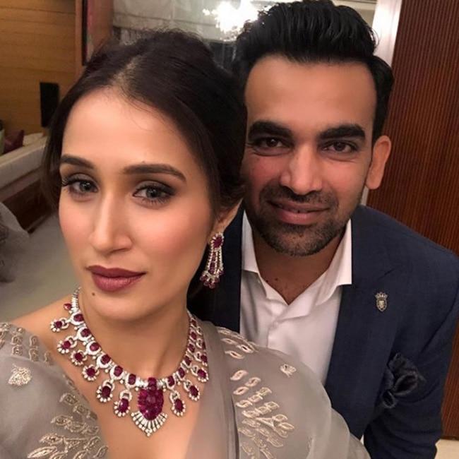 Sagarika Ghatge   s selfie with husband Zaheer Khan