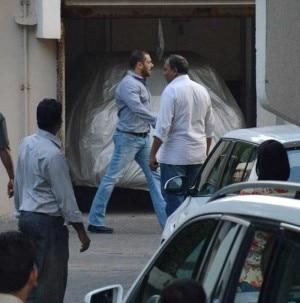 Salman Khan acquitted: Jacqueline Fernandez, Dilip Kumar, David Dhawan visit the actor
