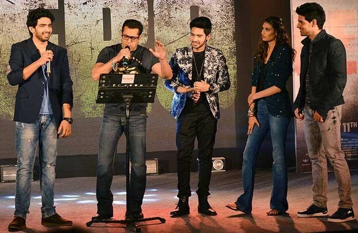 Salman Khan singing a song from movie  Hero