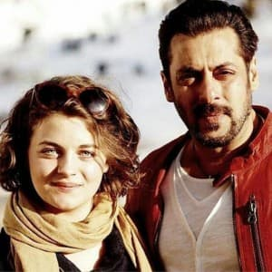 PICS: Salman Khan's Austrian co-star from Tiger Zinda Hai Roncha Forcher's BOLD photos go viral!!!