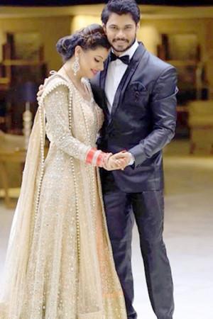 See Sambhavna Seth and Avinash Dwivedi's wedding reception pics here!