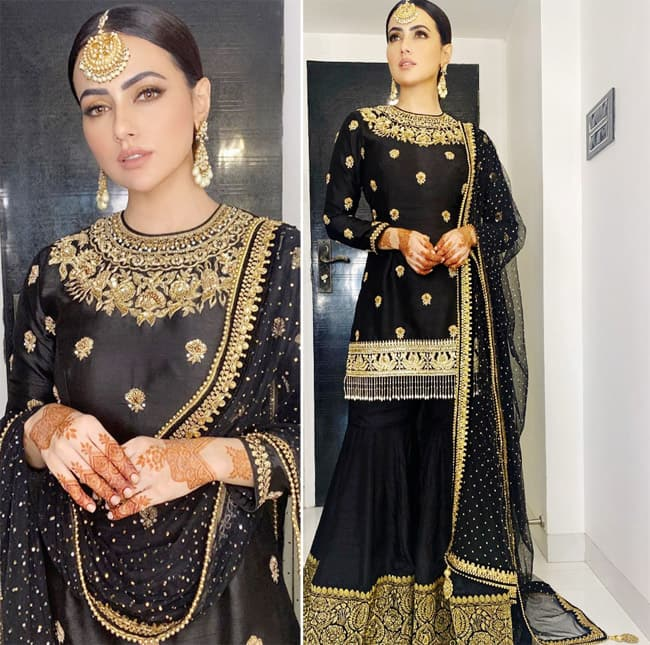 Sana Khan Flaunts Her Eid Look