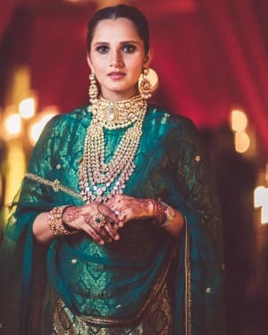 See Jaw-Dropping Photos of Sania Mirza as she Stuns in Anam-Asad Wedding