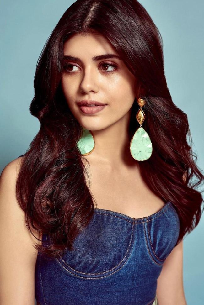 Sanjana Sanghi Looks Breathtakingly Gorgeous
