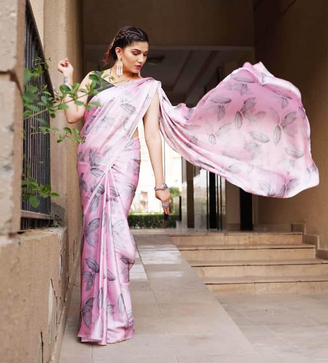 Sapna Choudhary Dolls Up in Gorgeous Pink Floral Saree, See Her Breathtaking Photos Here