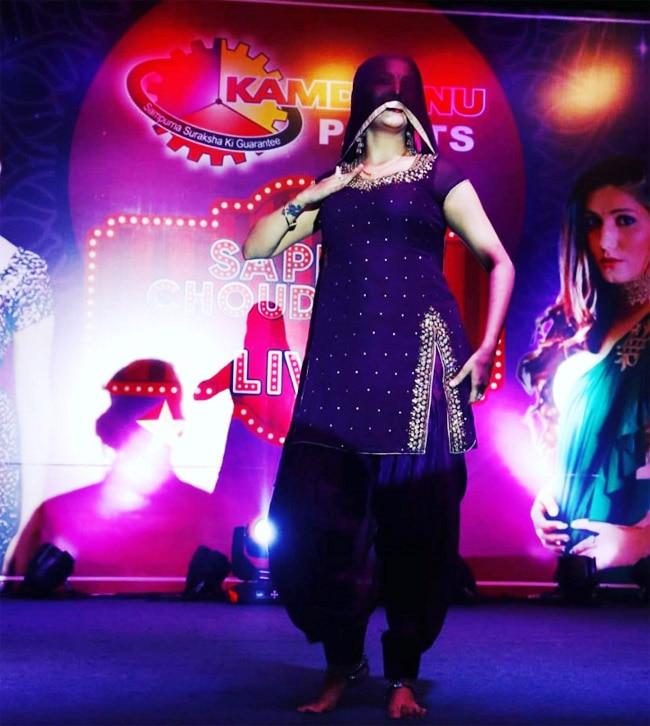 Sapna Choudhary s Hot Look in Purple Salwar Suit