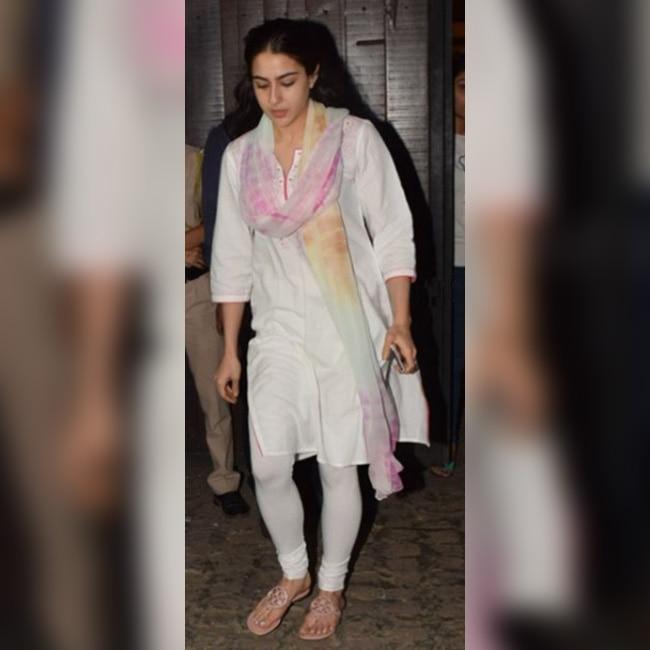 Sara Ali Khan at Anil Kapoor   s residence