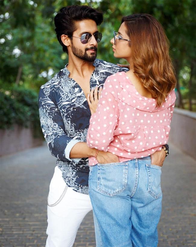 Sargun Mehta And Ravi Dubey Give Couple Goals