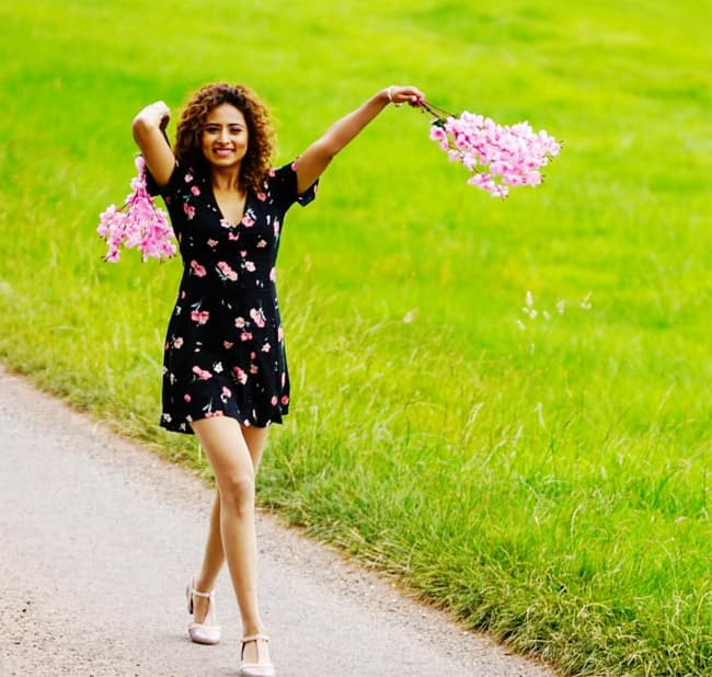 Sargun Mehta is Making Jaws Drop in Floral Black Dress And Perfect Curls