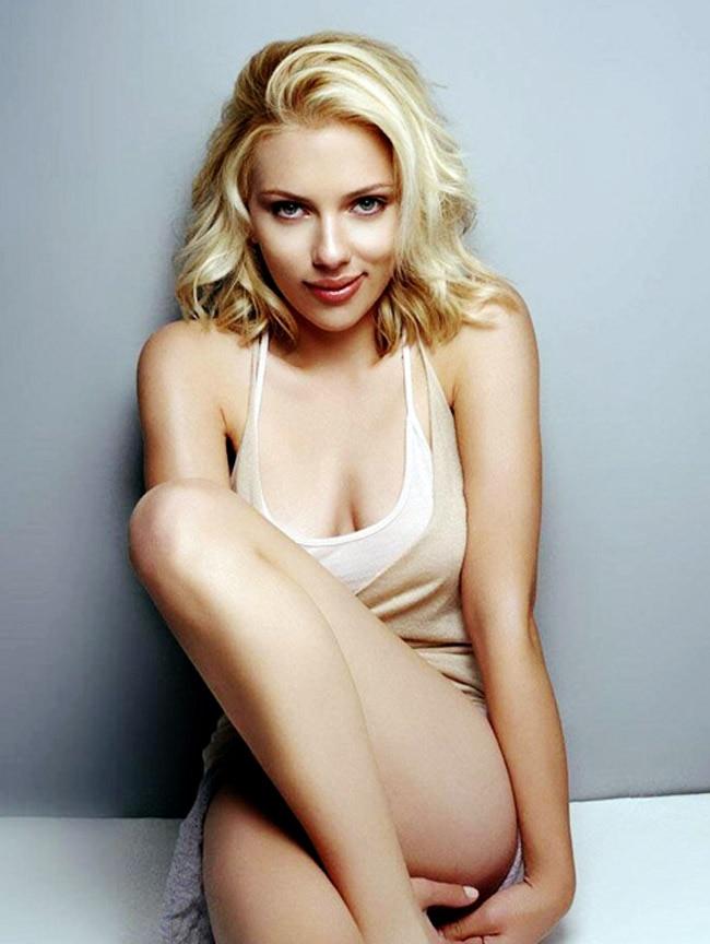 Scarlett Johansson  Top 20 Sexiest   Hottest Women 2020