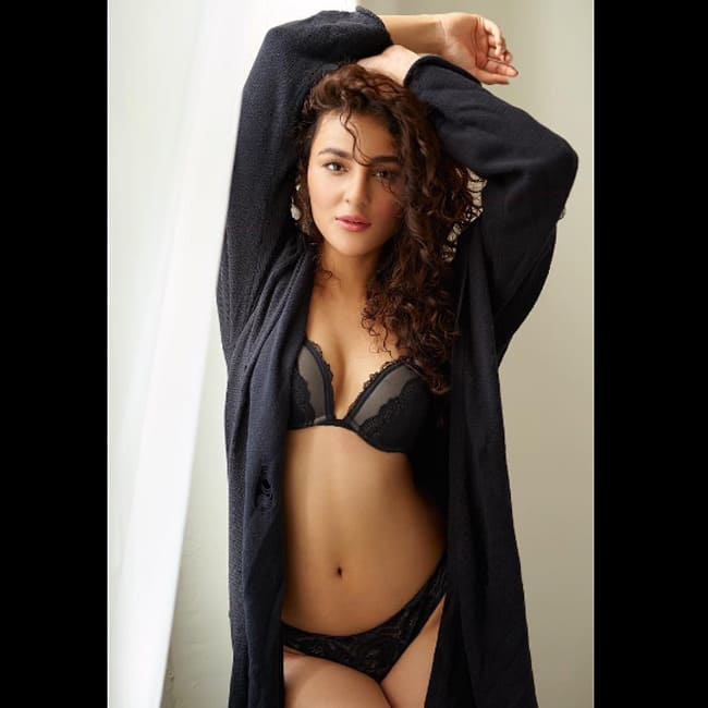 Seerat Kapoor Snapped During Bold Photoshoot Nagarjuna S Actress