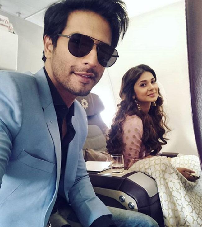 Sehban Azim   s flight selfie with Jennifer Winget