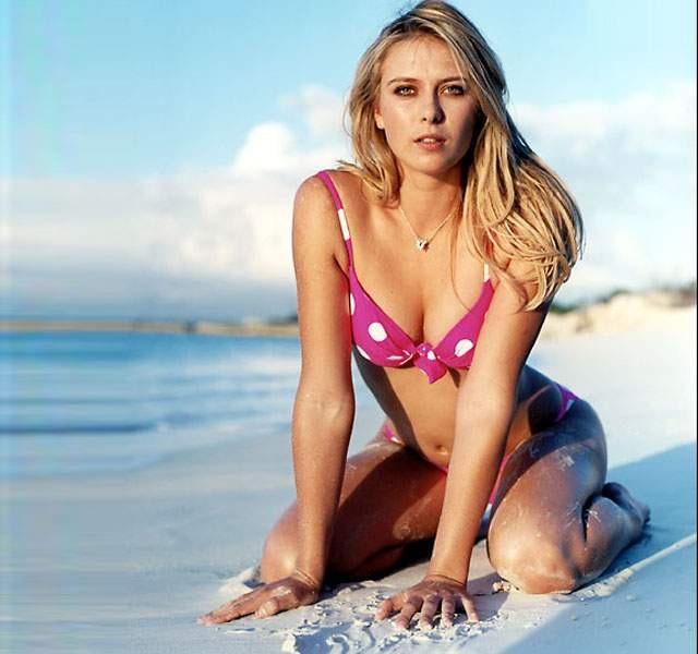 Sensual Maria Sharpova in Bikini