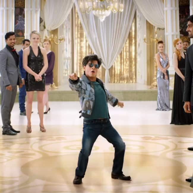 Shah Rukh Khan on sets of Zero