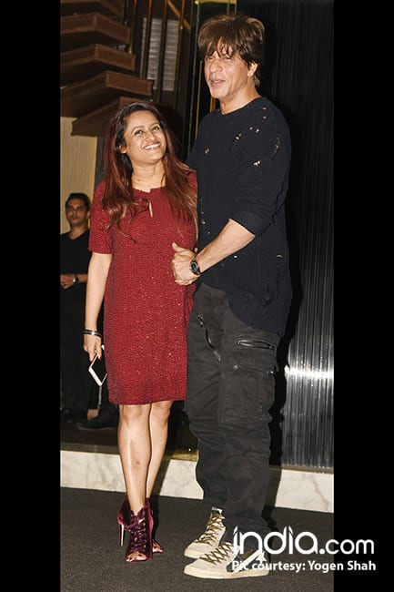Shah Rukh Khan with Rohini Iyer on her birthday bash