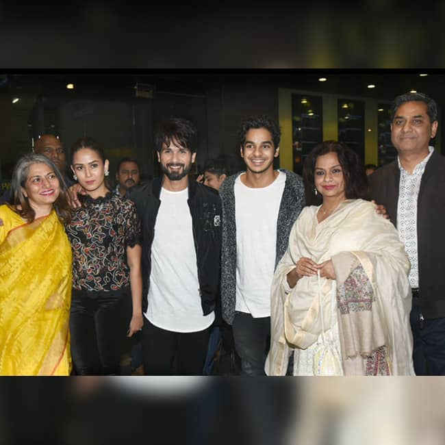Shahid Kapoor and Mira Rajput with their complete family at Padmaavat screening