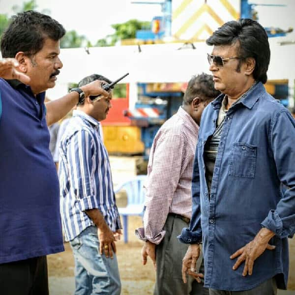 Shankar briefing scene of Robot 2 0 to Rajinikanth