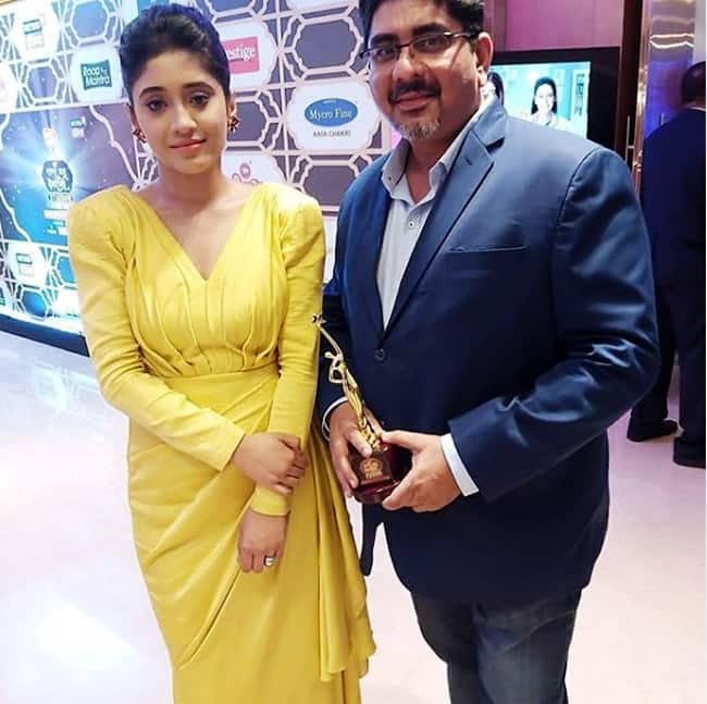 Shivangi Joshi Bags The Award For    Best Actress in Leading Role
