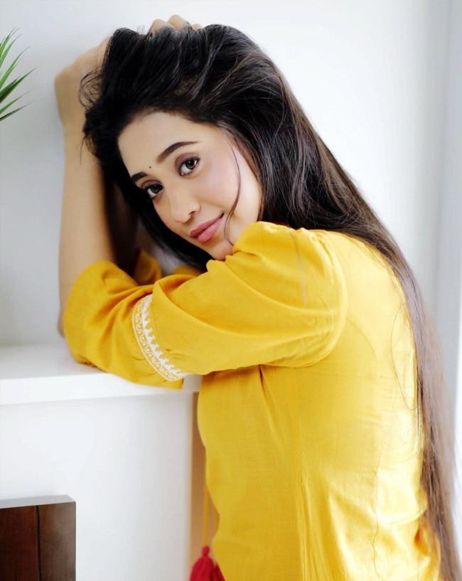 Shivangi Joshi Latest instagram photos