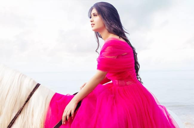 Shivangi Joshi looks beautiful in a pink dress while ready for a horse ride