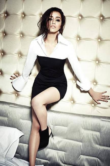Shraddha Kapoor looks black hot in this picture