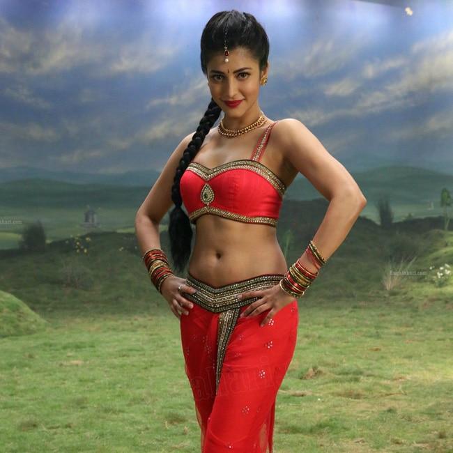 Shruti Haasan Looks Killer Hot In This Picture