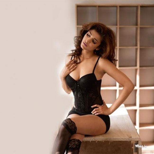 Shruti Haasan posing in black swimsuit