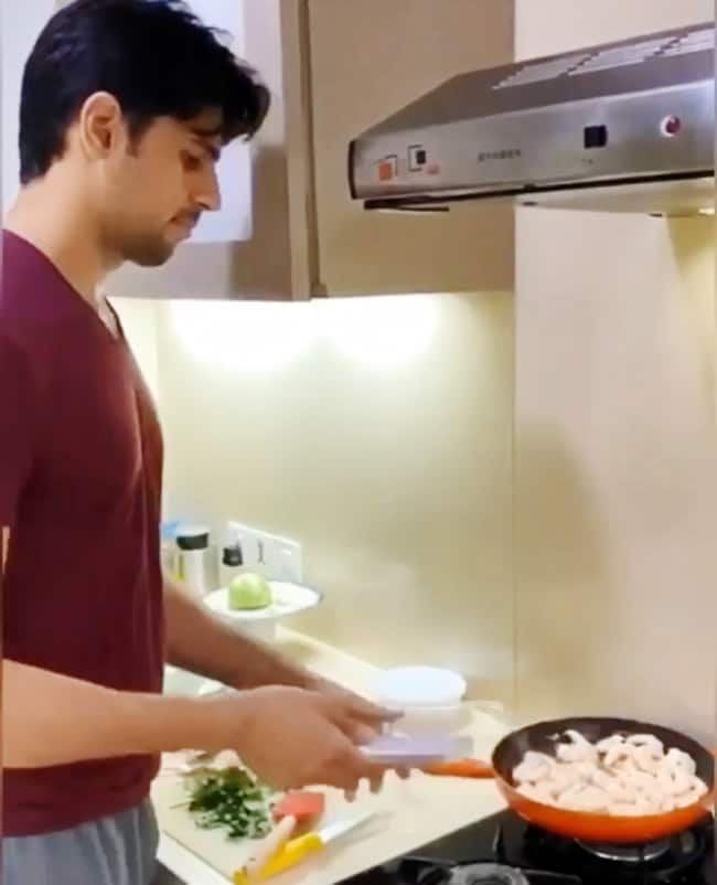 Sidharth Malhotra Tries Cooking Prawn During Social Distancing