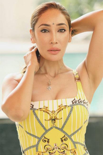 Sofia Hayat snapped in swimwear