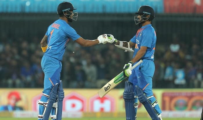 Solid Opening Stand by Hosts