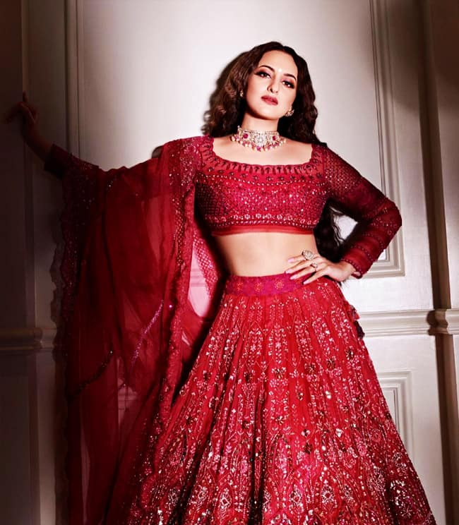 Sonakshi Sinha is Drop Dead Gorgeous in Latest Bridal Photoshoot
