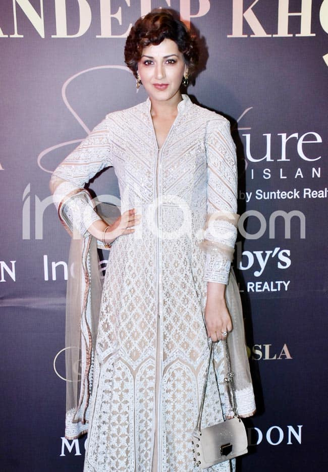 Sonali Bendre attended Abu Jani Sandeep Khosla   s fashion show