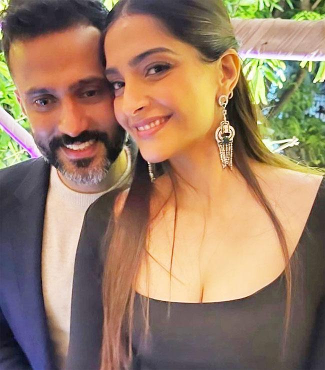 Sonam Kapoor and Anand Ahuja twin in black at Rhea Kapoor Karan Boolani s wedding party