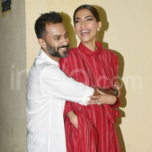 Sonam Kapoor and Anand Ahuja s romantic pictures