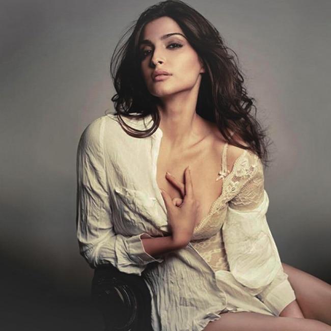 Bianca kajlich nude gallery