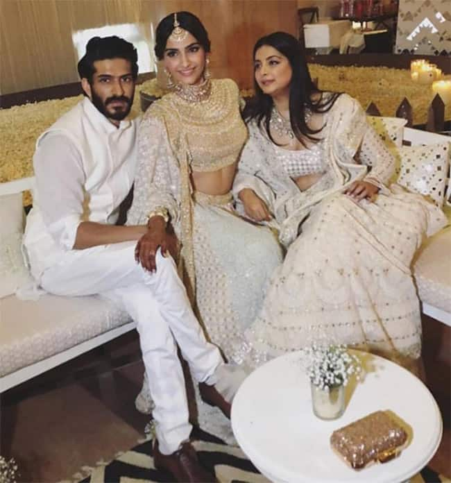 Sonam with sister Rhea Kapoor and brother Harshvardhan Kapoor at her sangeet party