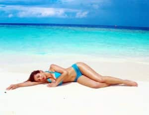 Sophie Choudry Flaunts Her Incredible Figure In A Blue Bikini On The Beach in Maldives | See Pics