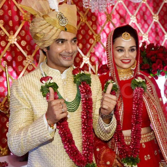 Ssharad Malhotra and Ripci Bhatia get hitched