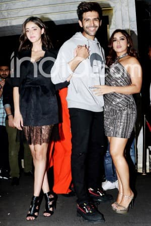 Kartik Aaryan Rides Bike, Ananya Panday And Bhumi Pednekar Shine at Success Party of Pati Patni Aur Woh
