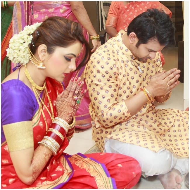 Sugandha Mishra drops new pictures from post wedding rituals