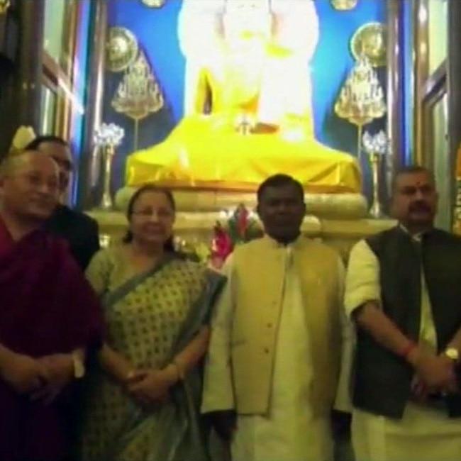 Sumitra Mahajan visits Mahabodhi temple in Bodh Gaya