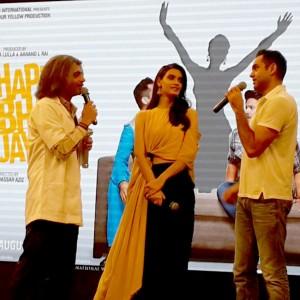 Happy Bhag Jayegi trailer: Diana Penty and Abhay Deol launch trailer on The Kapil Sharma Show, see pics