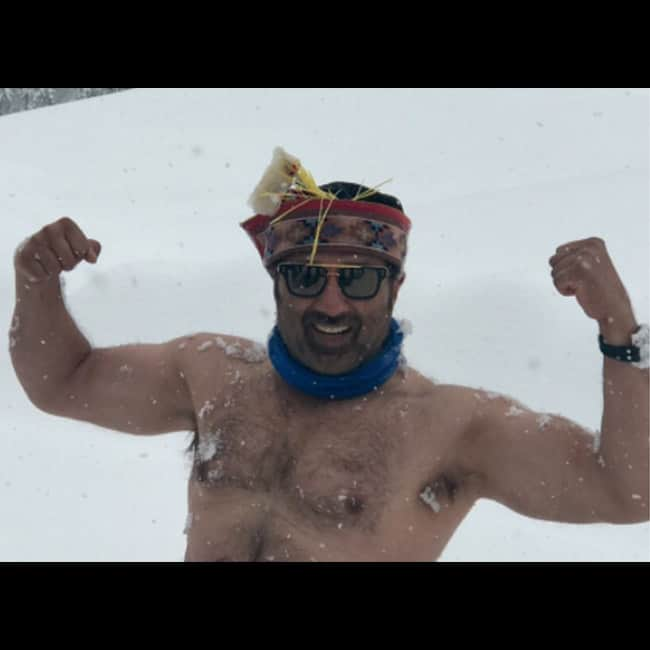 Sunny Deol snapped in snow hills of Manali
