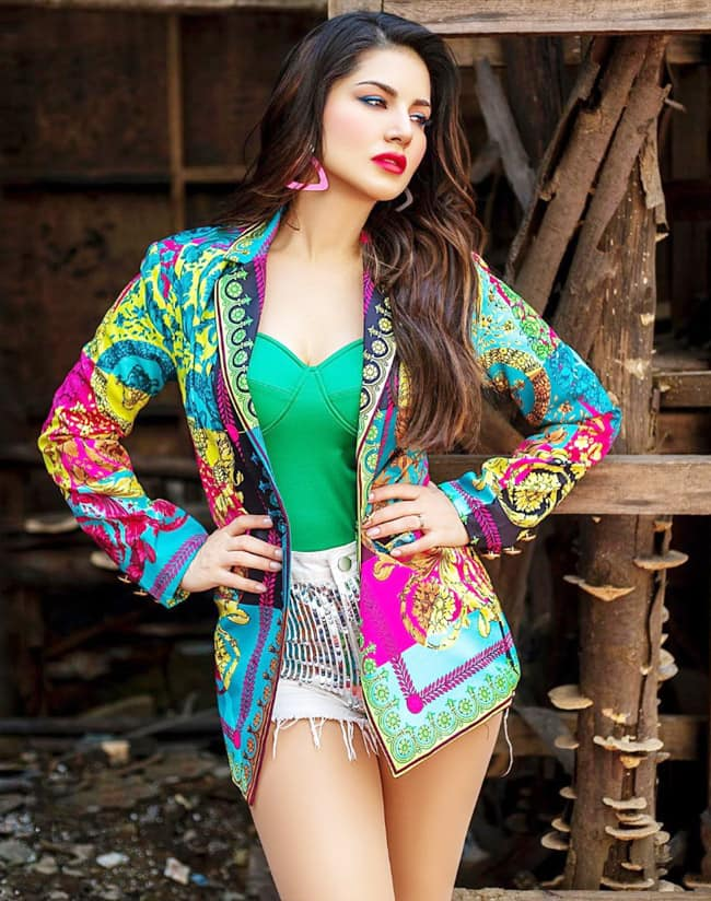 Sunny Leone Colourful Prints Are Hard to Miss