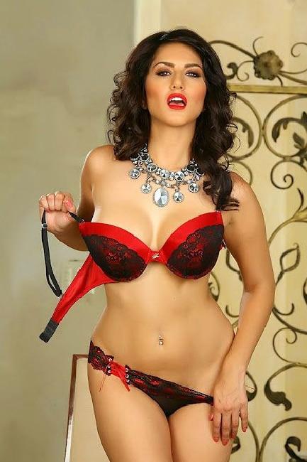 pornstar-in-red-bikini-were-women-naked