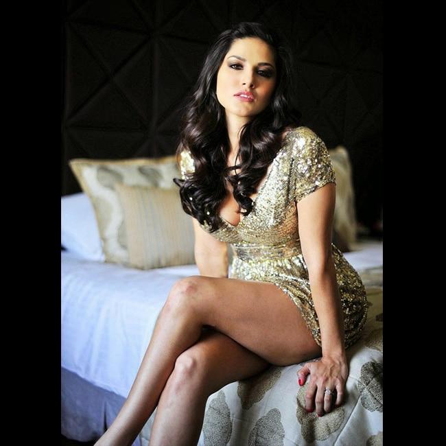 Sunny Leone in super sexy blingy attire