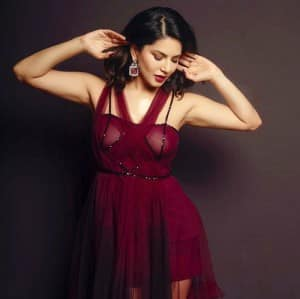 Sunny Leone Looks Hot In Gorgeous Maroon Outfit And Matching Makeup Sunny Leone Looks Hot In Gorgeous Maroon Outfit And Matching Makeup Celebs Photo Gallery India Com Photogallery