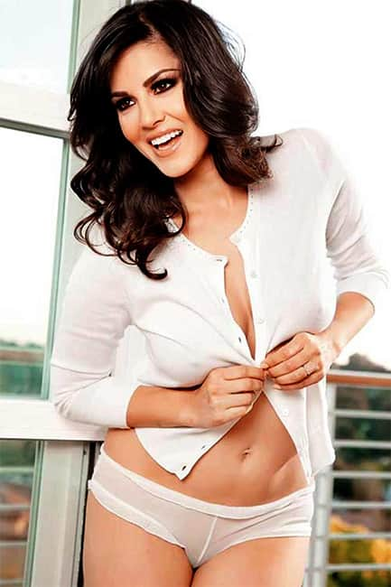 Sunny Leone spilling hotness in this picture