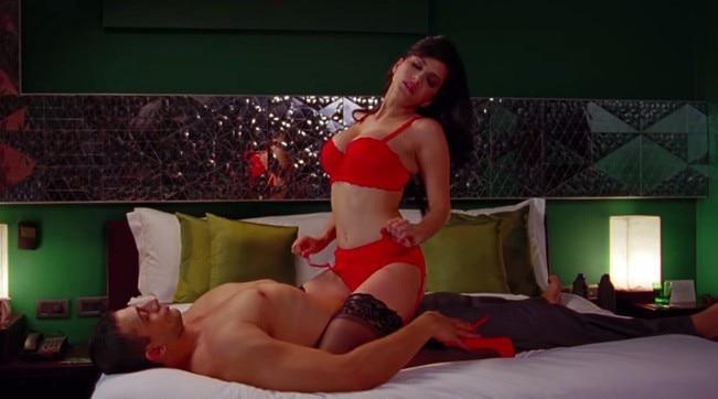 Sunny leon hot sexy scene