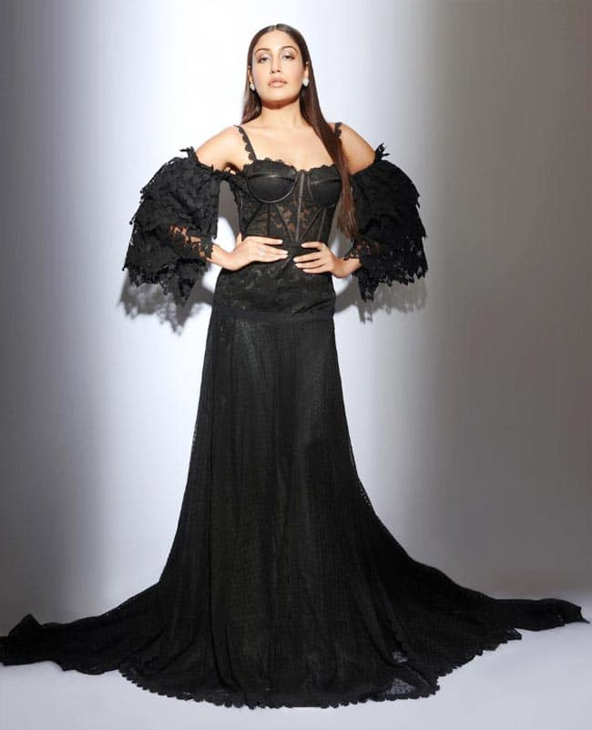 Surbhi Chandna Goes Sunsuous In Corset Black Gown